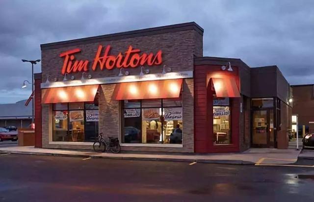 加拿大人手一杯的咖啡来中国了!价格是星巴克的一半!