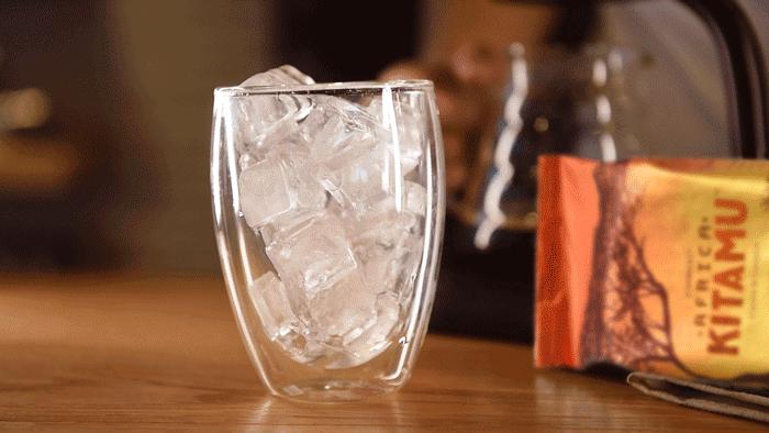 """这杯你眼中""""最普通""""的冰美式,背后的故事!"""