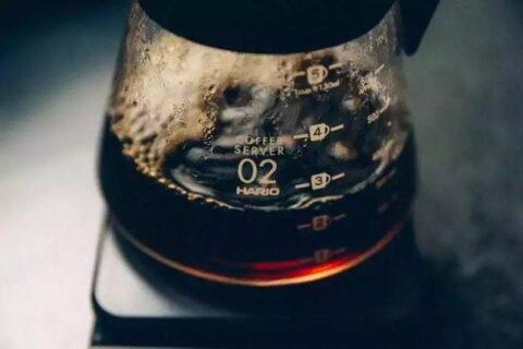 """健康使者""""黑咖啡,远离癌症,好处远比你能想到的多"""