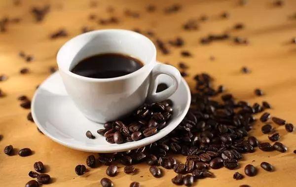 """喝前了解这""""五问"""",做个会喝咖啡的明白人"""