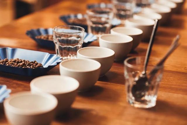 """什么是咖啡""""杯测""""?一杯好咖啡,咖啡业界是怎么定义的?"""
