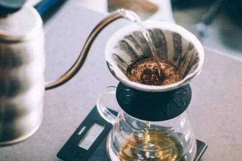 从零开始学手冲咖啡的三重境界