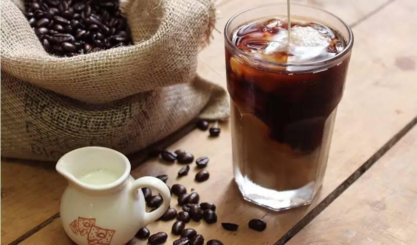 教你在家做一杯夏季最HOT的冷萃咖啡