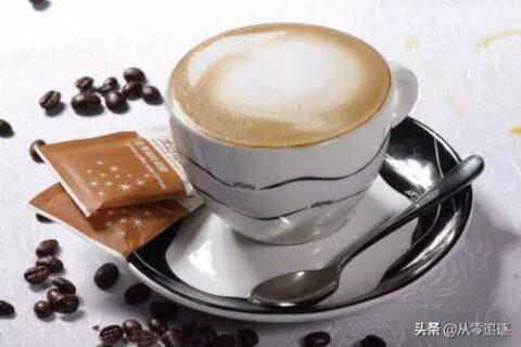 制作充满爱意和浪漫的意式咖啡卡布奇诺