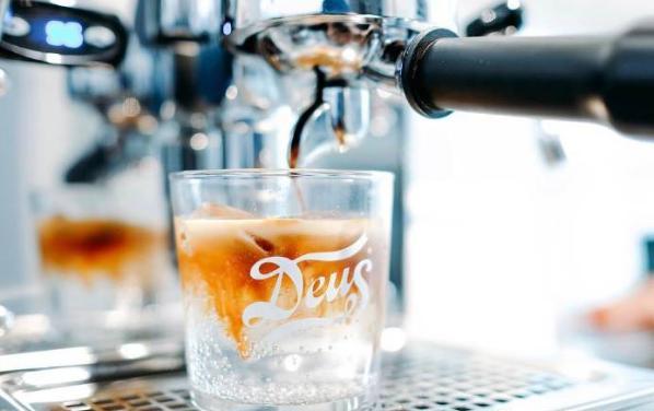 脑洞大开的咖啡创意饮品,敢不敢走一波?