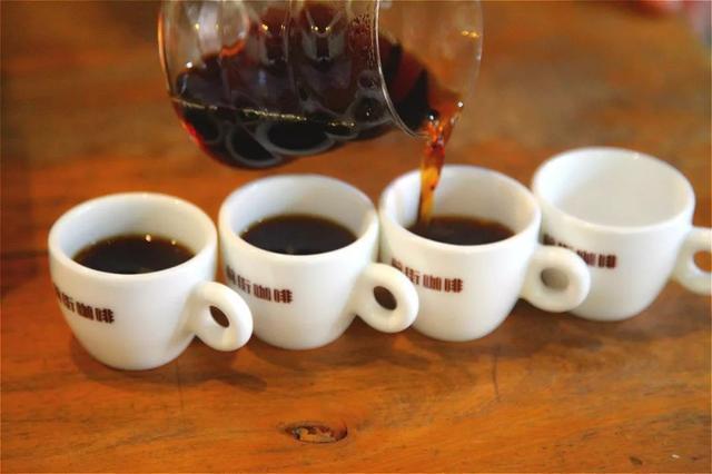 「手冲入门」新手第一杯手冲咖啡,应该注意的三个细节