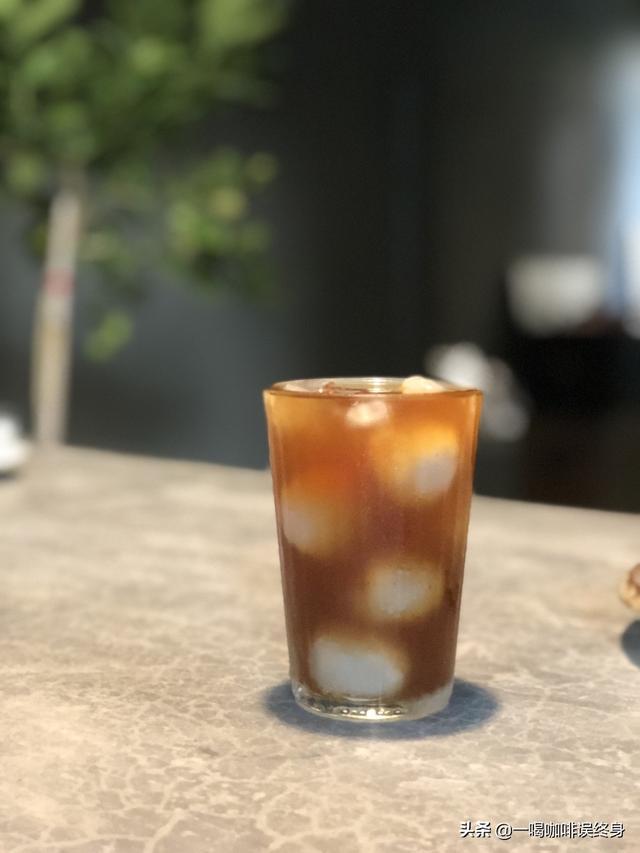 咖啡馆很火的冷萃咖啡,在家自己做好玩好喝还省钱!