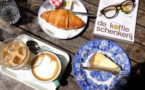 百年早餐史:咖啡、闹钟与法国人的早餐