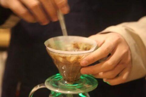 新手第一杯手冲咖啡,应该注意的三个细节