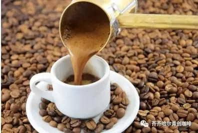如果喝一杯咖啡就爱上生活,那就很有趣了
