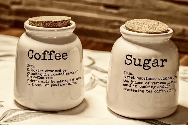 咖啡馆主的日常:糖、奶精、咖啡紧密的铁三角